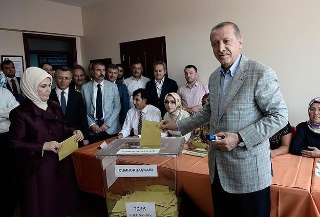 اردوغان نتائج أولية: أردوغان يفوز برئاسة تركيا