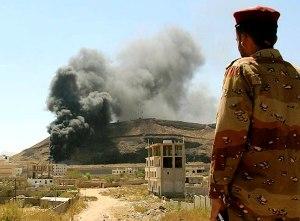 ارشيف انفجار بمخزن للأسلحة داخل معسكر تابع للواء 25 يخلف 9 قتلى على الأقل