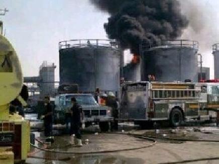 السعوديه(2) 6 وفيات في حريق مصنع بمنطقة الجبيل السعودية