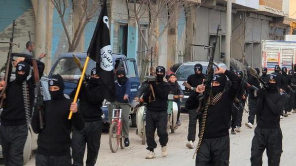 القاعده1 تنظيم القاعدة يتبرأ من داعش في سوريا والعراق