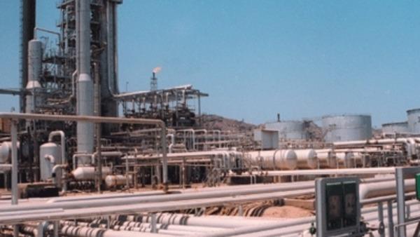 النفط1 تراجع حاد في عائدات اليمن من صادرات النفط في فبراير