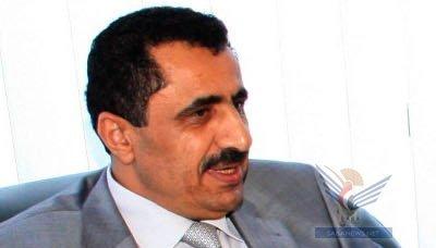 الوزير وزير النفط يتفقد سير العمل بخزان رأس عيسى النفطي بالحديدة