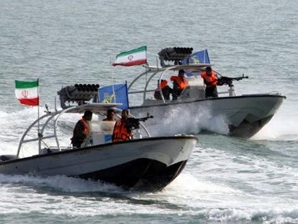 ايران(2) إيران تعزز قواتها في جزر الإمارات المتنازع عليها