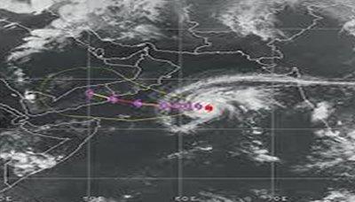 تشا الارصاد الجوي يجدد التحذير من العاصفة الاعصارية الشديدة (ميج) على وسط خليج عدن