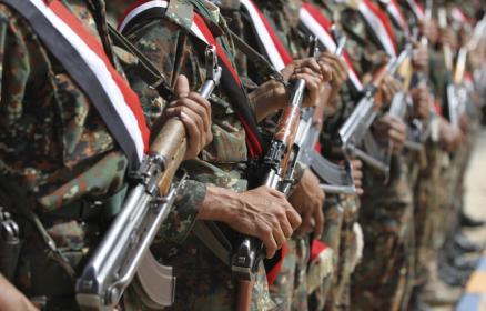 جنود2 الداخلية اليمنية توجه الوحدات الأمنية برفع الاستعدادات القتالية القصوى