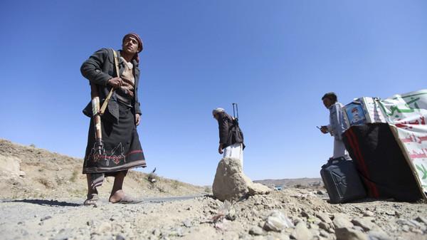 حوثو1 القاعدة تتبنى تفجير تجمع للحوثيين في ذمار اليمنية