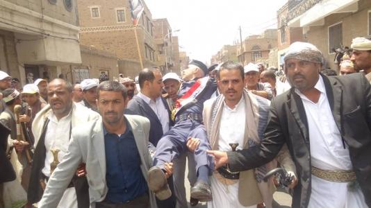 صحيفة: الحوثيون يصعدون في صنعاء وأعينهم على الحديدة