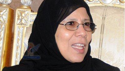 حوريه وزيرة حقوق الإنسان ووزير الدولة ومحافظ الحديدة يتفقدوا أوضاع السجناء
