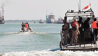 خفر2 قوات خفر السواحل يضبط 5 سفن على متنها خمورا ومبيدات سامة وعقاقير محظورة