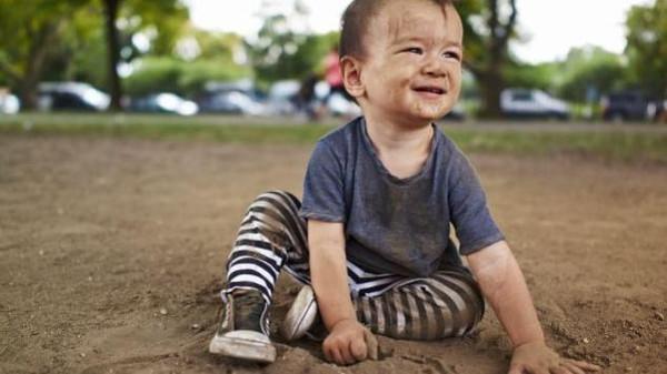 دراسه دراسة مذهلة.. لعب الأطفال بالطين يعزز المناعة