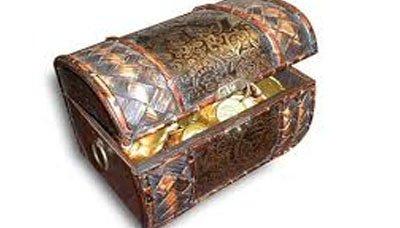 ذهب الحديدة: امرأة تعثر على حقيبة مجوهراتها بقيمة مليون ونصف بعد أسبوع من اليأس
