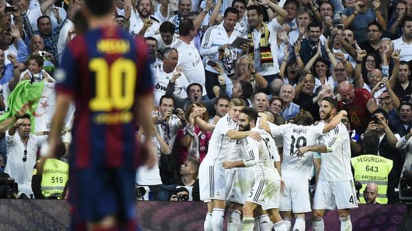 ريال مد ريال مدريد يقلب الطاولة على برشلونة بثلاثية
