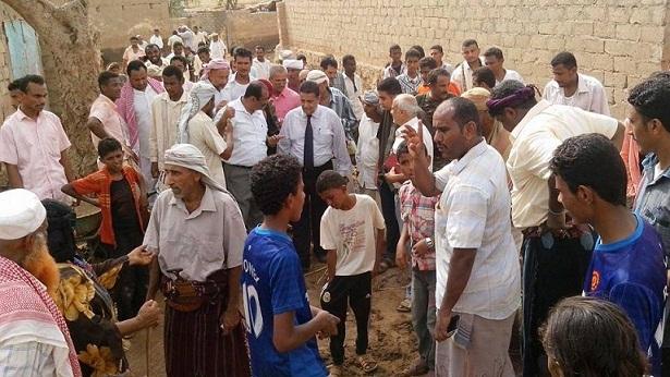 زبيدددد2 محافظ الحديدة يتفقد القرى التي تعرضت لسيول الأمطار في مديرية زبيد ومحطة الجراحي للكهرباء