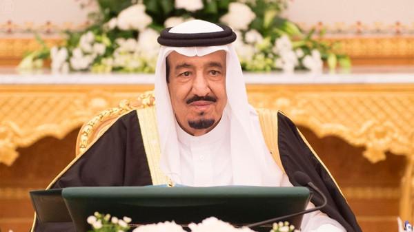 سلمان  الملك سلمان يعلن برنامج عهده محلياً وعربياً ودولياً