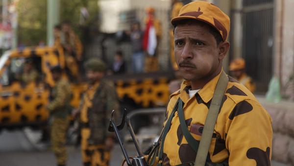 س مسلحون يغتالون ضابطاً في المخابرات بجنوب اليمن