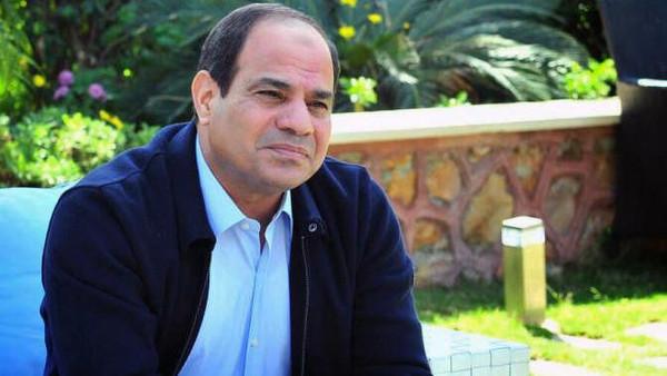 س2 السيسي: أدعو الله أن يولي أمر مصر لمن هو أهل لذلك