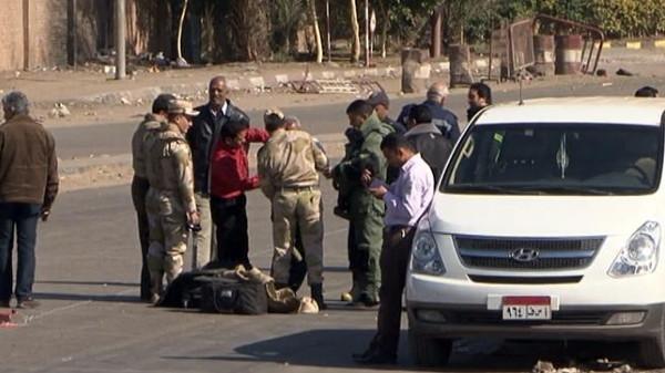 شرطه1 مقتل 6 من عناصر الجيش المصري في هجوم شمال القاهرة
