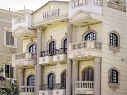 شقة أسراب مليونية من الجراد غزت مصر وبلغت شقة الرئيس