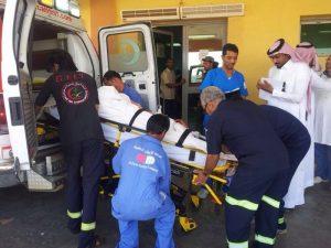 صورة لحالة أسعاف 300x225 يمانيو المهجر تطالب بالتحقيق في حادث الطوال الذي أسفر عن إصابة 75 مرحلا يمنيا