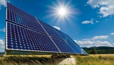 طاقه انعدام الكهرباء بالحديدة ينعش سوق الطاقة الشمسية