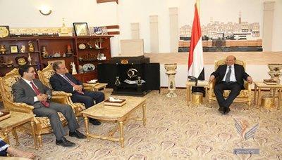 عمر1 رئيس الجمهورية يستقبل المبعوث الأممي إلى اليمن جمال بنعمر