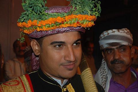 غمدان(2) رئيس تحرير موقع الحديدة نيوزغمدان  أبوعلي  يحتفل بزفافة