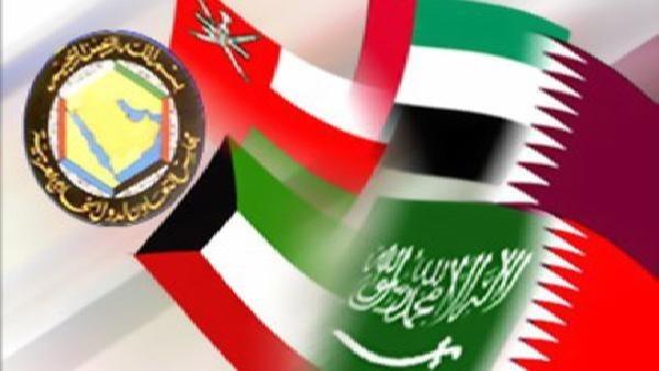 قطر22 قطر توافق على ترحيل بعض قيادات الإخوان ووقف أي حملات إعلامية معاديه لدول ا لمجلس