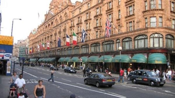 لندن تقرير: بعض أثرياء الخليج يبالغون بإنفاق ملايينهم