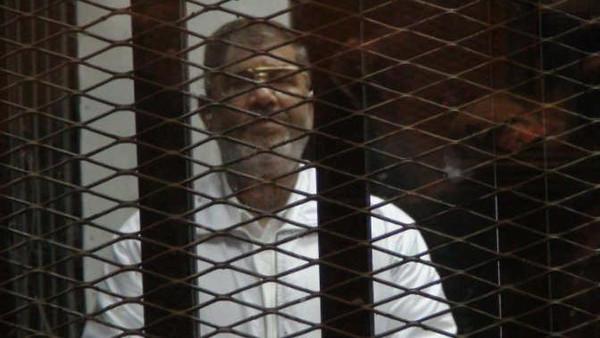 مرسي بالسجن مصر.. تأجيل محاكمة مرسي في أحداث الاتحادية إلى الغد