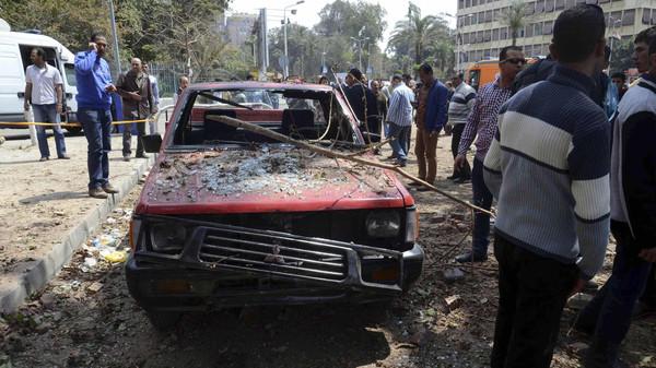 مصر11 مصر.. اغتيال عميد شرطة قرب منزله في القاهرة