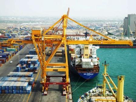 ميناء مؤسسة موانئ البحر الأحمر تحقق أعلى نسبة إيرادات