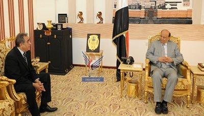 هادي(10) رئيس الجمهورية يستقبل السفير اللبناني