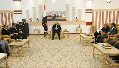 هادي(12) رئيس الجمهورية يستقبل الخبراء الأردنيين والأوروبيين المساهمين في هيكلة وزارة الداخلية