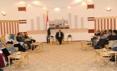 هادي(13) الحوثيون يقاطعون اجتماعاً مع هادي بسبب حضور سفير احدى الدول الراعية للمبادرة