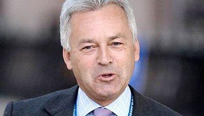 وزير وزير التنمية البريطاني يعلن حزمة دعم جديدة لليمن بـ 35 مليون جنيه استرليني