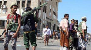 01 03 15 17969980 300x165 الجيش اليمني يقتحم مقر القوات الخاصة الموالية للرئيس السابق صالح في عدن