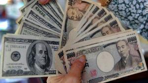 05 10 12 525282174 يمني يتحول إلى مستثمر بثروة جمعها من التسول