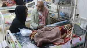 094 300x168 في الحديدة اليمنية.. جثث الأطفال تُحمل بشاحنات الدجاج !