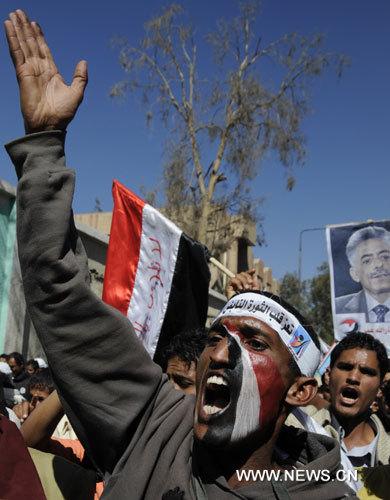 1(8) الثلاثاء القادم.. تظاهرات للمطالبة باستكمال أهداف الثورة السلمية وثورتي سبتمبر وأكتوبر