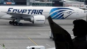 1 848206 300x168 مصر : بلاغ كاذب عن جسم غريب على طائرة متجهة لباريس