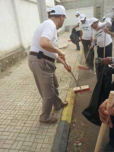 10417536 10203456369345772 5584521940374697525 n 225x300  صور  محافظ محافظة الحديدة يدشن حملة نازل من أجل نظافة مدينتي
