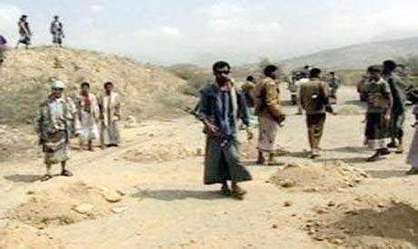 11115 مواجهات عنيفة بين الحوثيين ومسلحي الشيخ الاحمر بكتاف