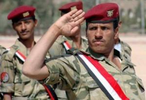 1160 300x205 الرئيس هادي يقيل قائد اللواء العاشر بعد حادثة اقتحام مبنى محافظة الحديدة