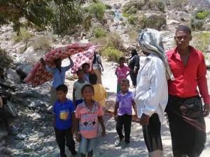 1244 300x224 لجنة الأغاثة : 8279 عائلة نازحة في محافظة الحديدة جراء الحروب والنزاعات المسلحة