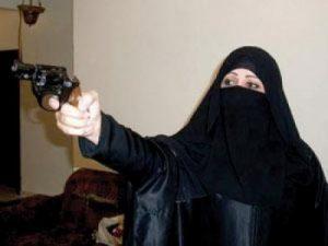 13 10 19 948976743 300x225 صنعاء : فتاة تطلق النار على شاب قام بمعاكستها في حديقة السبعين