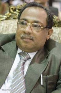 144 198x300 مصادر خاصة  للحديدة نيوز  : محافظ محافظة الحديدة يتعرض لوعكة صحية ويرقد في مستشفى 22 مايو لتلقي العلاج