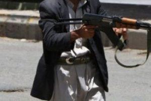 15 10 13 806098179 300x201 مقتل خمسة اشخاص وإصابة ستة أخرين أثر أقتحام مسلح لمصلى العيد بالحداء