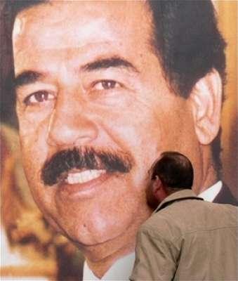 2(32) الزعيم صدام حسين .... أعدمه الامريكيون بأيادي عراقية في يوم عيد الاضحى ..