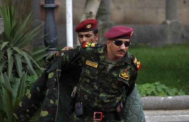 2(6) نجل شقيق صالح المقال من الحرس الخاص: أحداث السفارة الأميركية سببها تغيير القيادات الأمنية