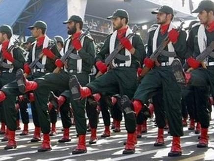 6 أنباء غربية عن وضع الحرس الثوري الإيراني في حالة حرب